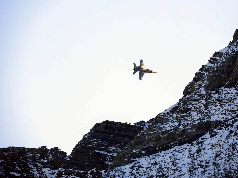 switzerland-axalp-f18-super-hornet-swiss-air-force-meringen (5).jpg