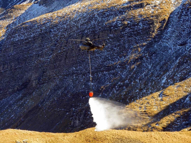 switzerland-axalp-swiss-air-force-super-puma-helicopter (6).jpg