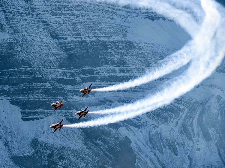 switzerland-axalp-f5-patrouille-suisse-swiss-air-force (12).jpg