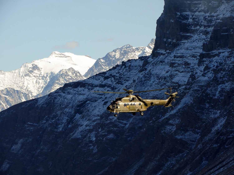switzerland-axalp-swiss-air-force-super-puma-helicopter (9).jpg