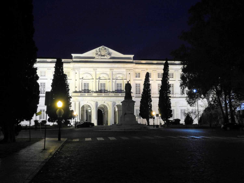 portugal-lisbon-belem-ajuda-palacio.jpg