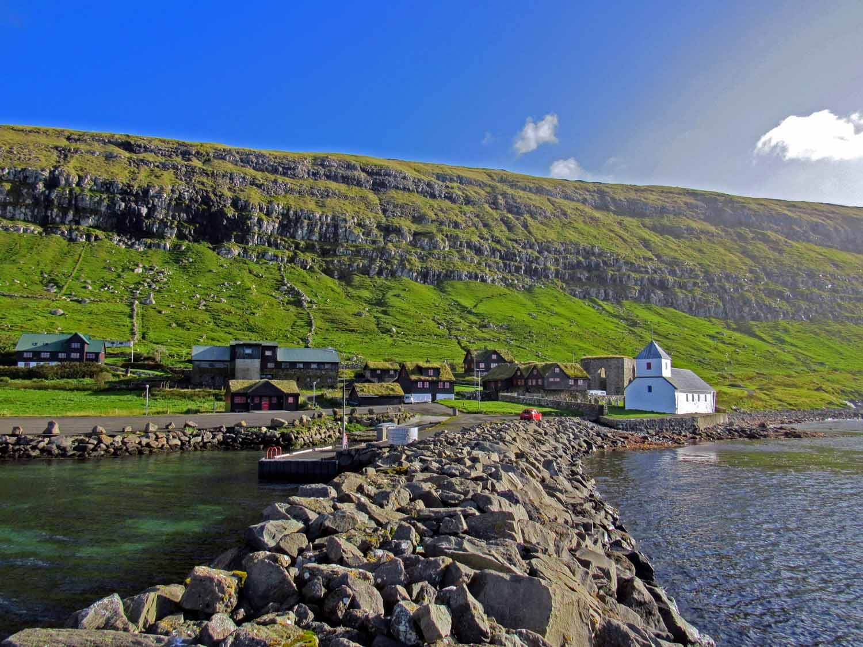 denmark-faroe-islands-streymoy-kirkjubøur-kirkjubour-village-harbor-ruins.jpg
