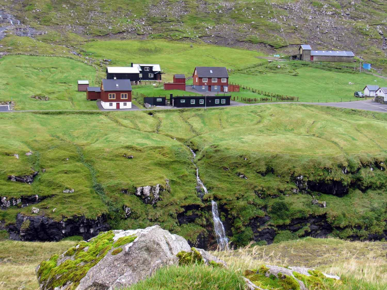denmark-faroe-islands-streymoy-saksun-village-houses-waterfall-valley-gorgeous.jpg