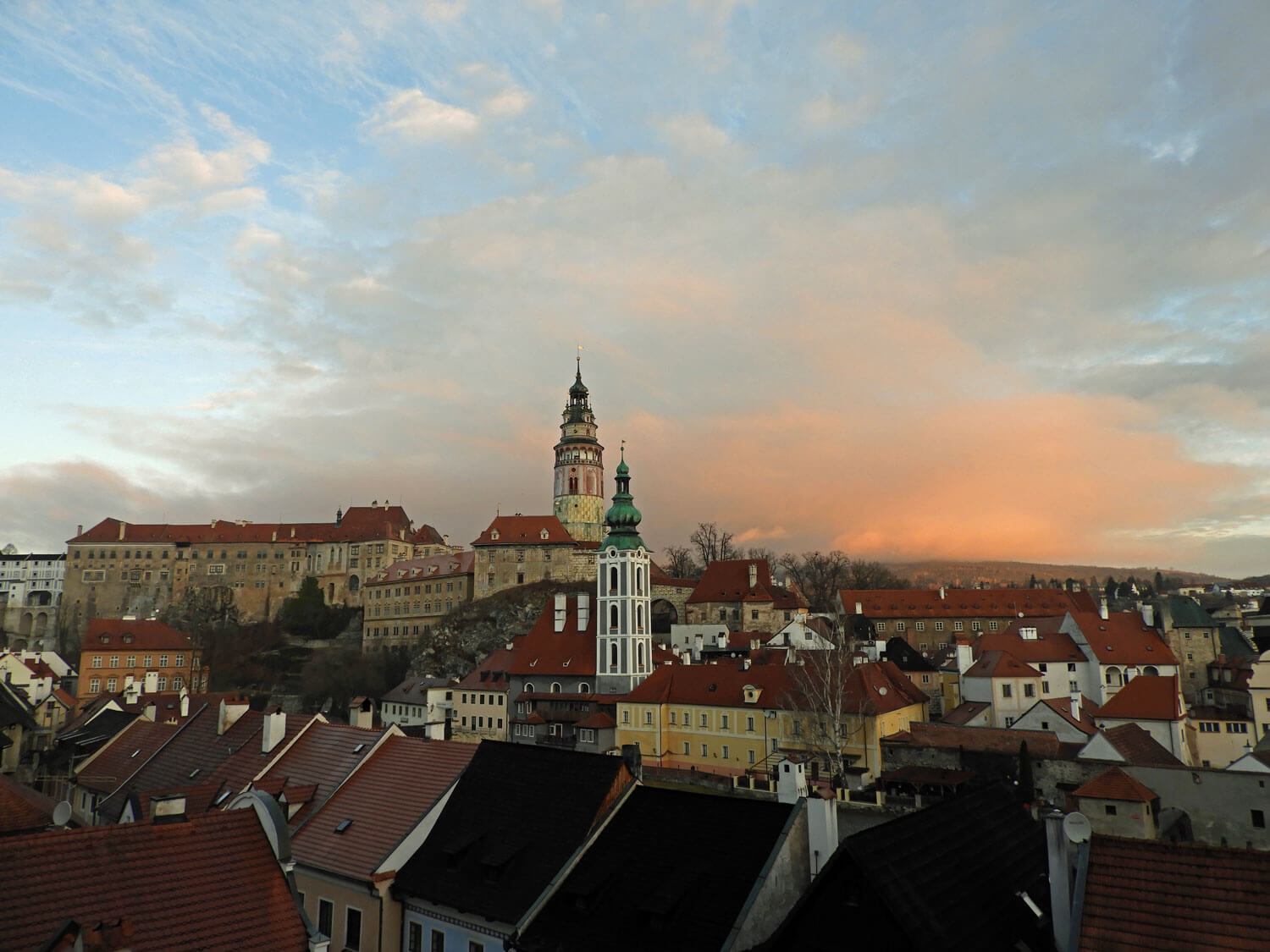 czech-cesky-city-town-sunrise-morning-sky.jpg