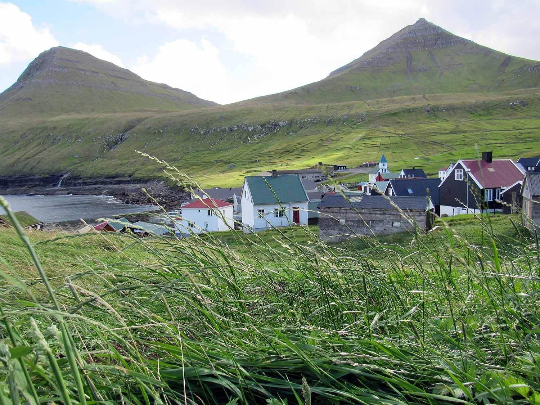 denmark-faroe-islands-eysturoy-gjogv-town-grass-houses-harbor.JPG