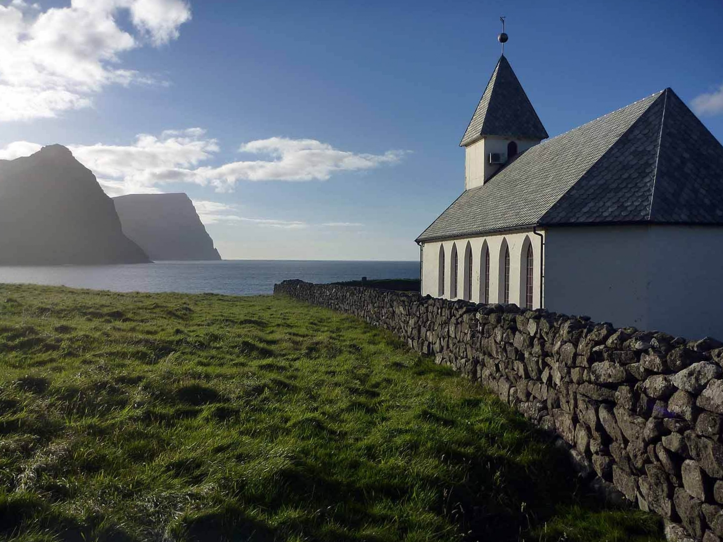 denmark-faroe-islands-vidoy-vidareidi-viðareiði-kirkja-ocean-island.JPG