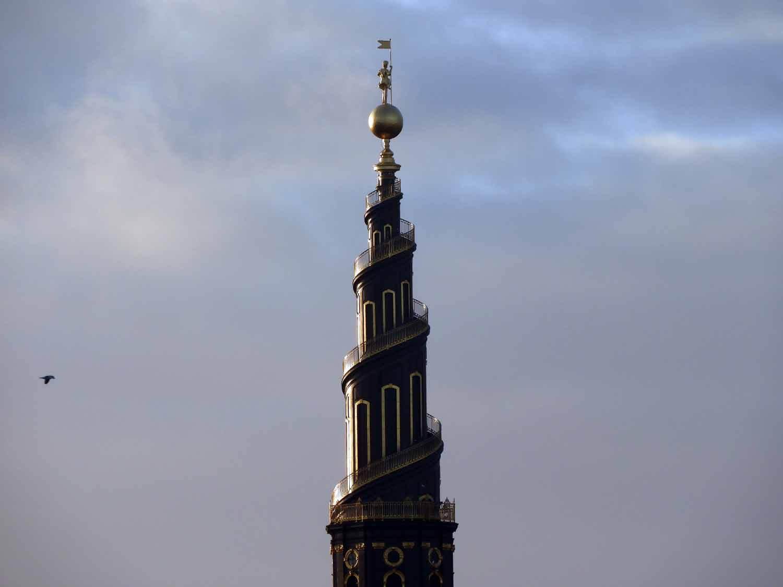 denmark-copenhagen-christianshaven-tower-steeple-spiral-staricase.JPG