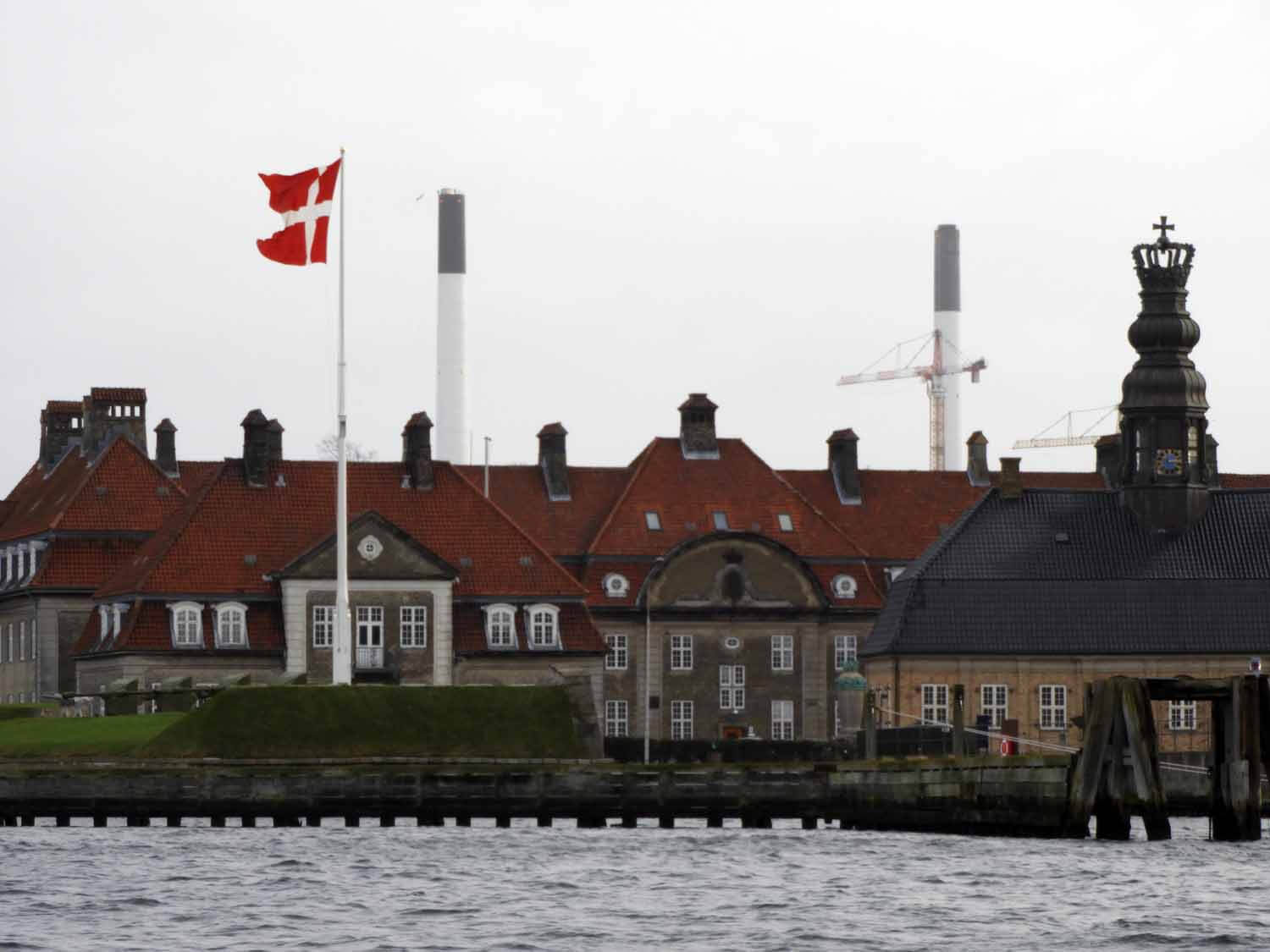 denmark-copenhagen-harbor-danish-worlds-oldest-navy-flag.JPG