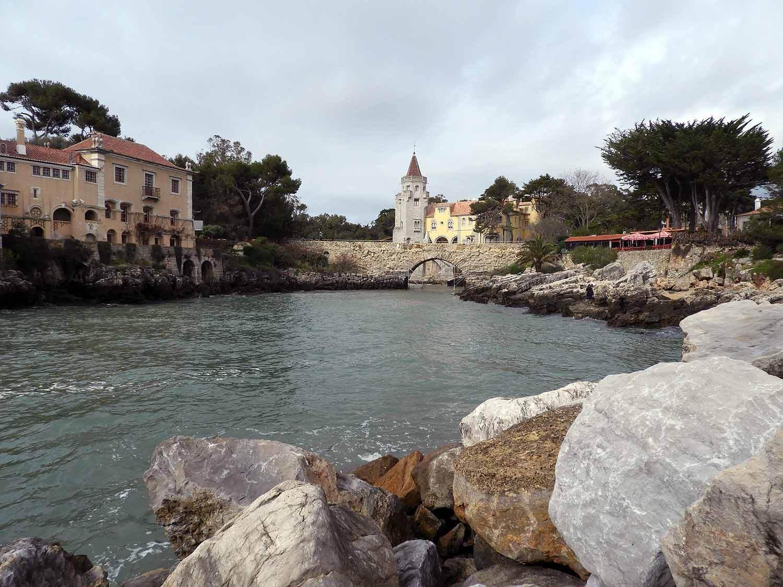 portugal-cascais-stream-harbor-bridge.JPG
