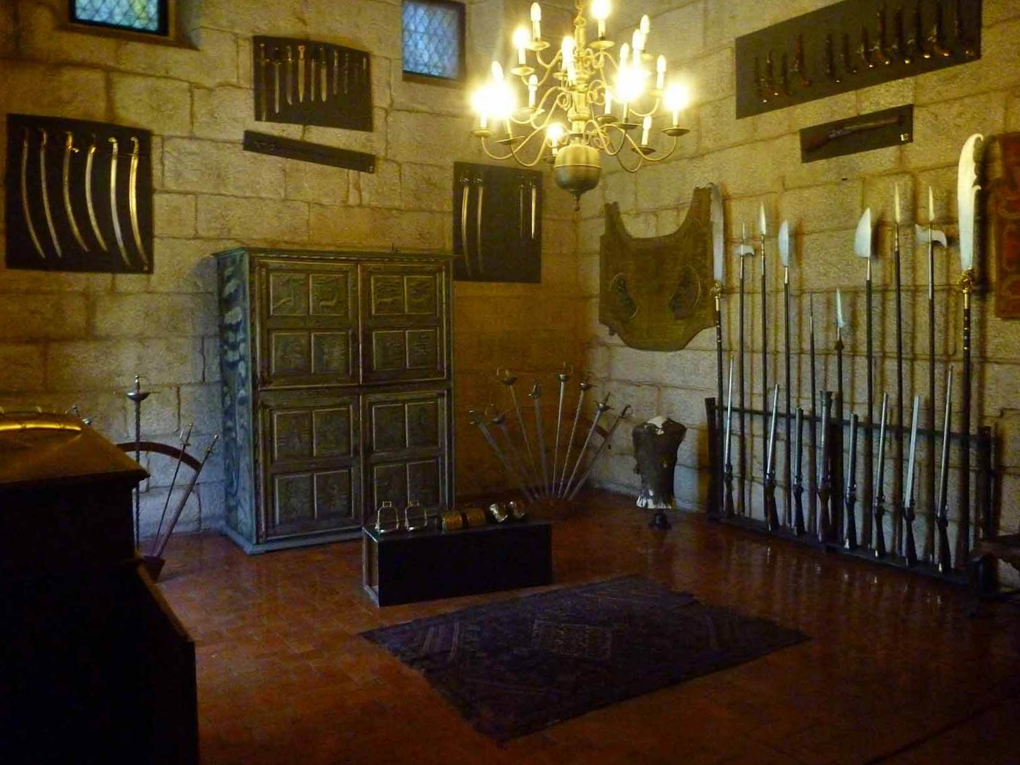 portugal-guimaraes-castle-armoury-spears.JPG