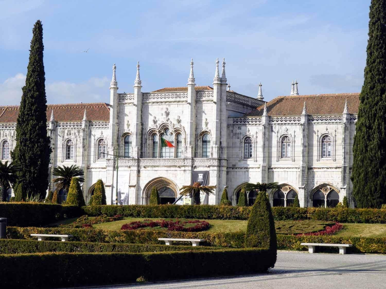 portugal-lisbon-belem-mosteiro-jeronimos-cypress-manuelino.jpg