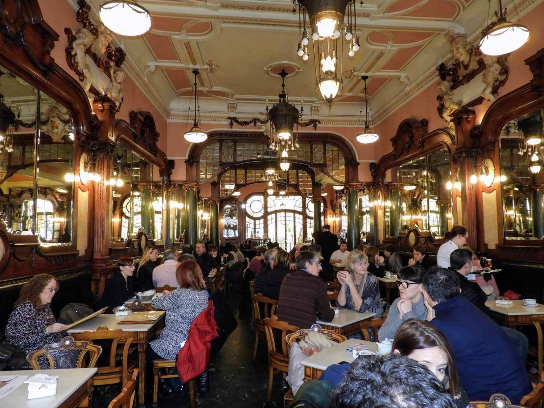 portugal-porto-oporto-cafe-majestic-jk-rowling-harry-potter-inspiration-interior.jpg