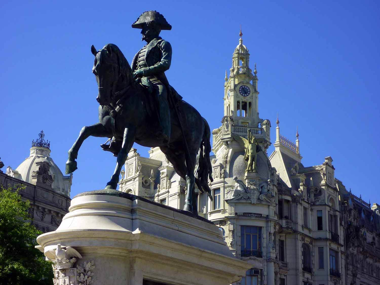 portugal-porto-oporto-aliados-statue.JPG