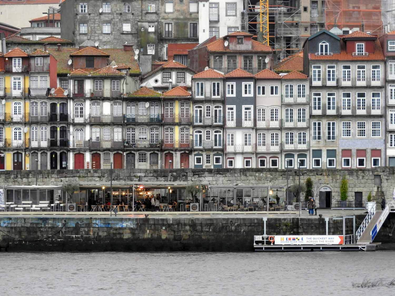 portugal-porto-oporto-riverside-apartments.jpg