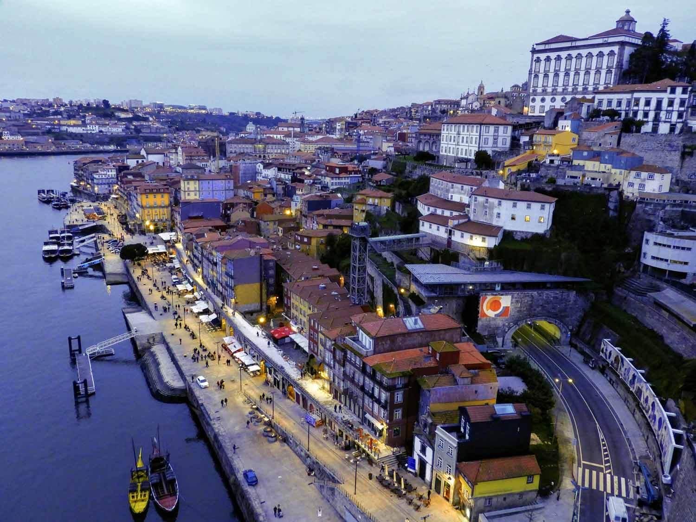 portugal-porto-oporto-night-view.jpg