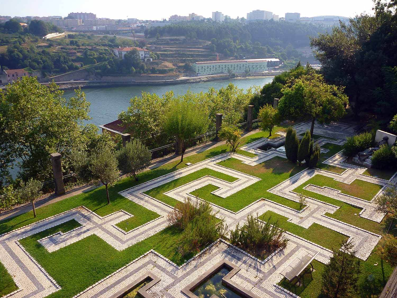 portugal-porto-oporto-palacio-cristal-jardim-park-gardens.JPG