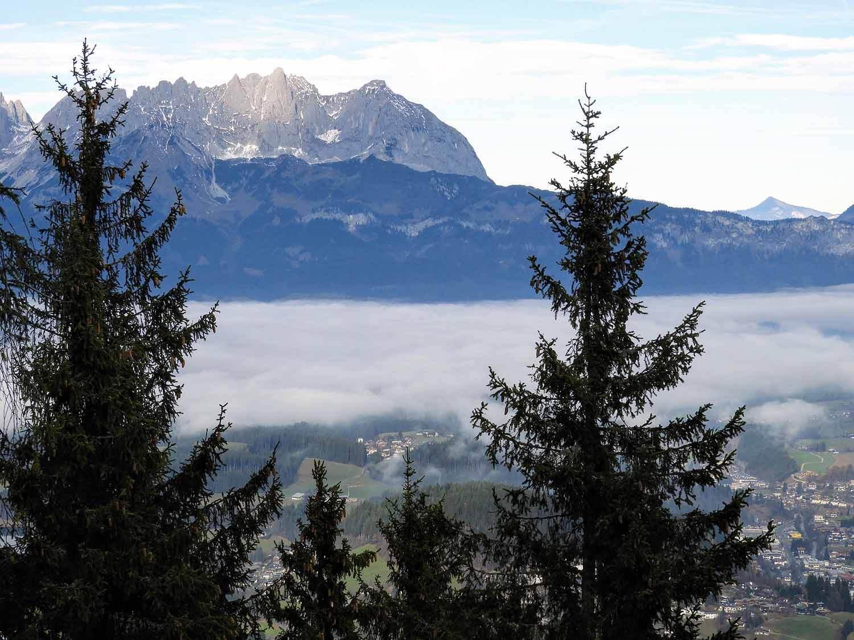 austria-kitzbuhel-alps-mountain-peaks.JPG