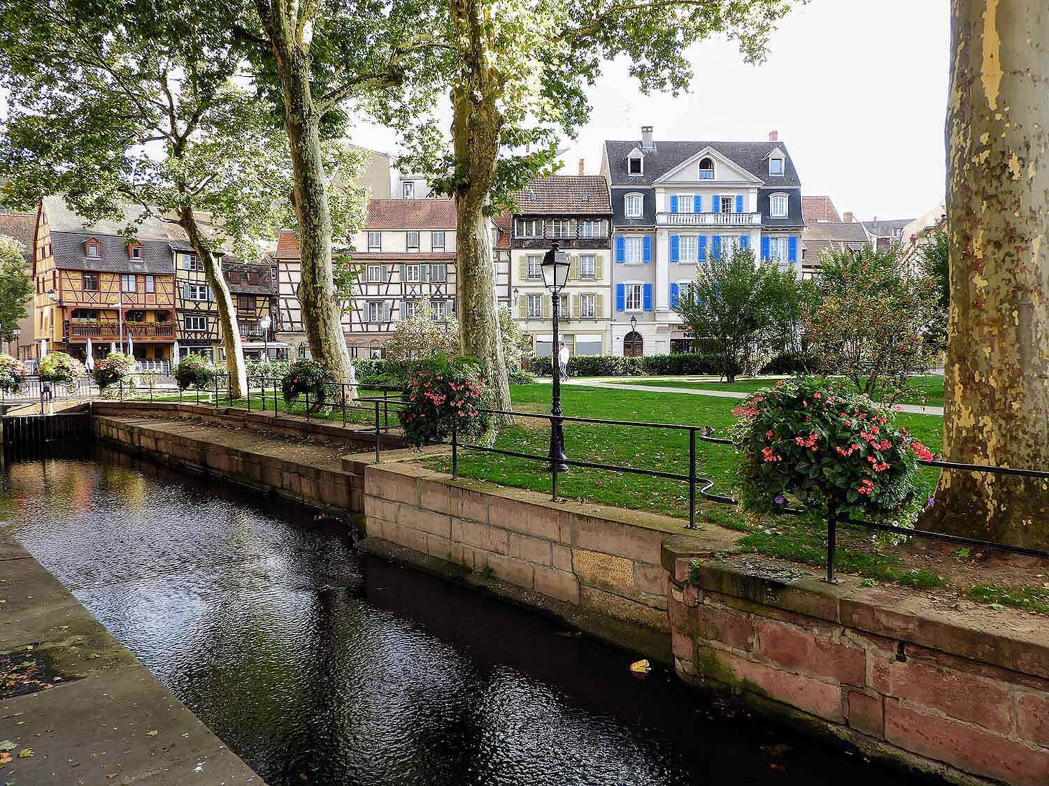france-colmar-canal-square.jpg