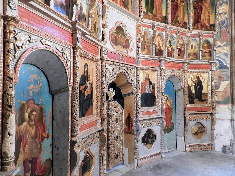 romania-bucovina-arbore-painted-monasteries (13).jpg