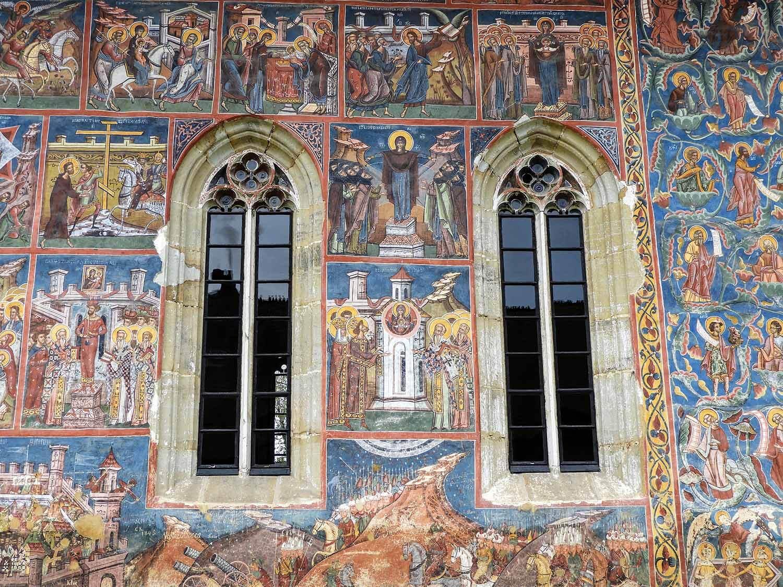 romania-bucovina-moldovita-painted-monasteries (6).jpg