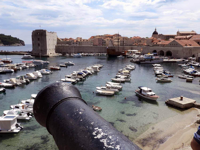 croatia-dubrovnik-canon-harbor-fortress.jpg