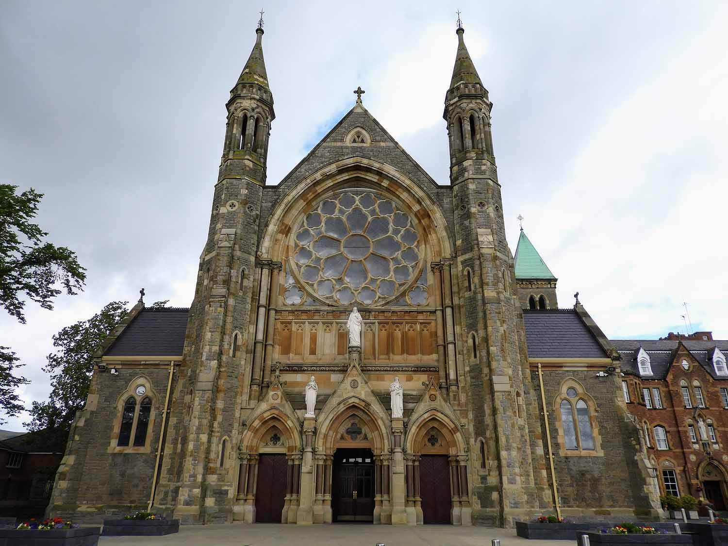 northern-ireland-belfast-church-clonard-monastery.jpg