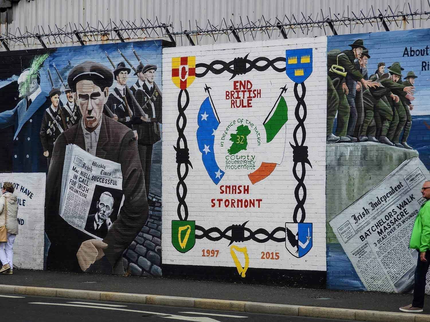 northern-ireland-belfast-peace-wall-troubles-ira.jpg