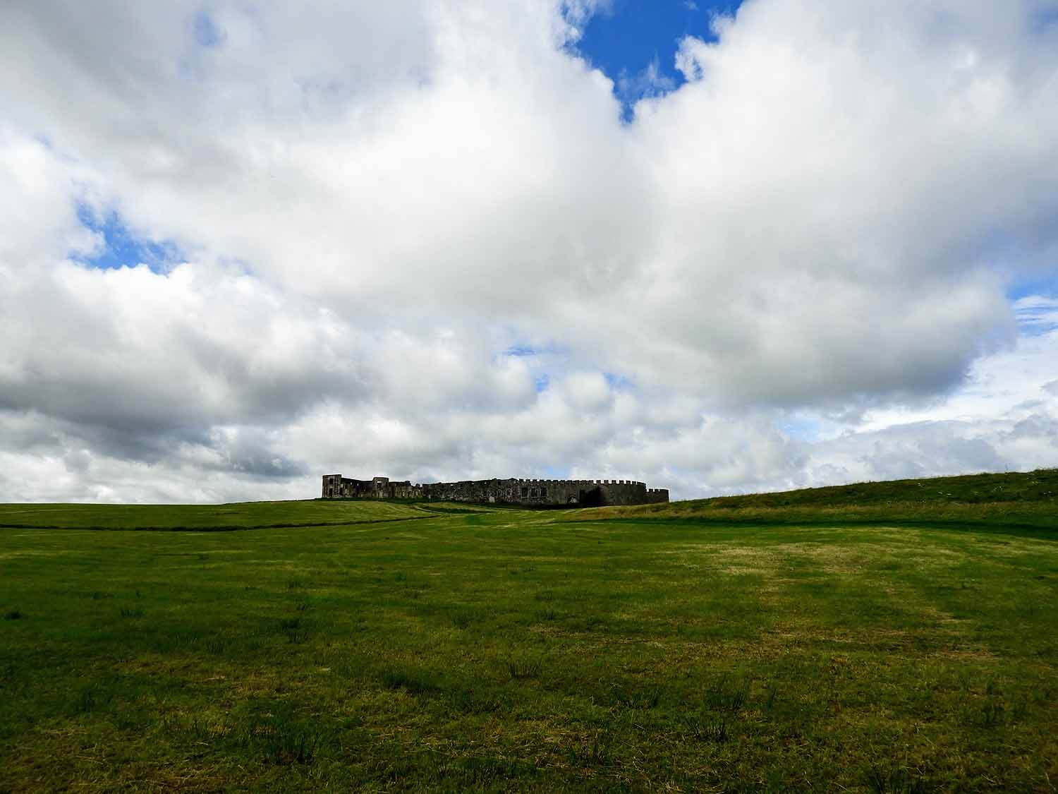 northern-ireland-coast-downhill-demesne-national-trust-countryside-ruins.jpg