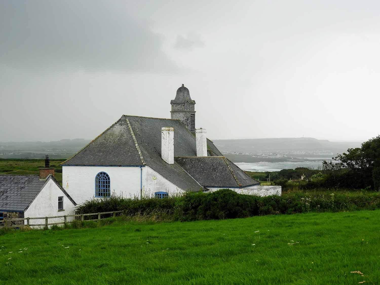 northern-ireland-giants-causeway-north-coast-church.jpg