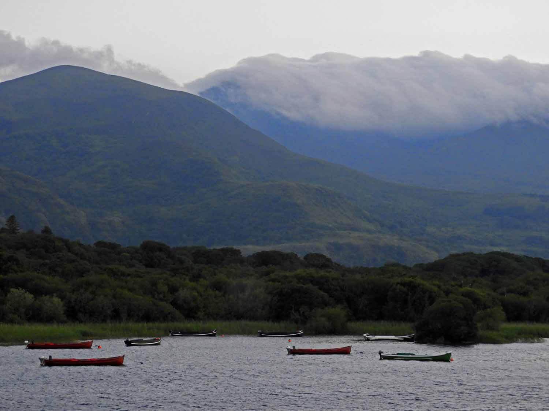ireland-killarney-muckross-national-park-lake-boats.jpg