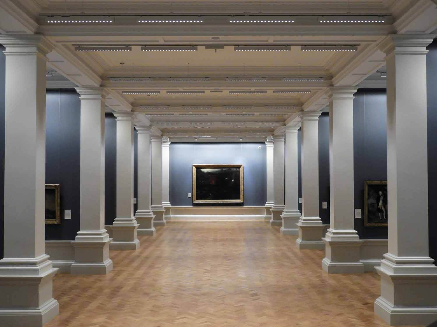 ireland-dublin-national-gallery-hallway-art-museum.jpg