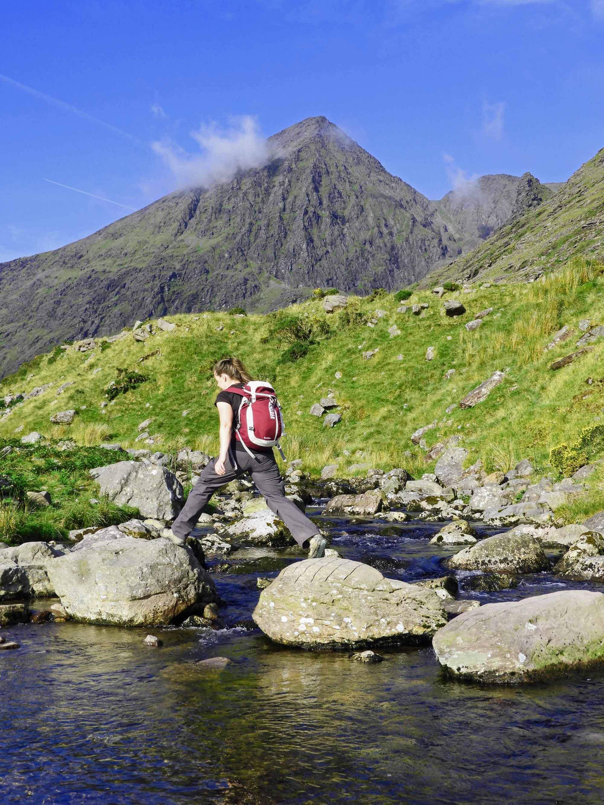 ireland-carrauntoohil-highest-mountain-peak-stream-crossing.jpg