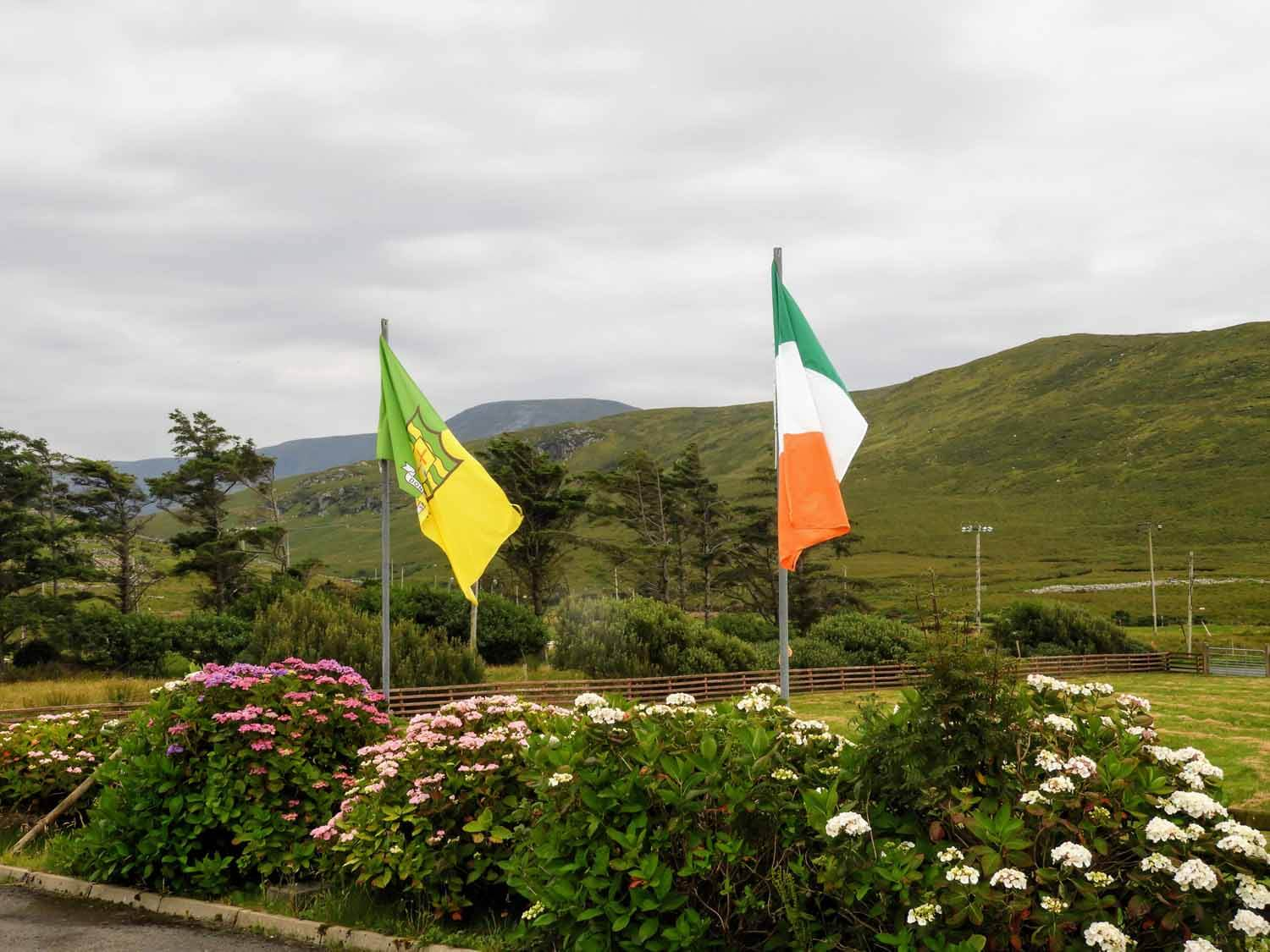 ireland-donegal-irish-flag.jpg