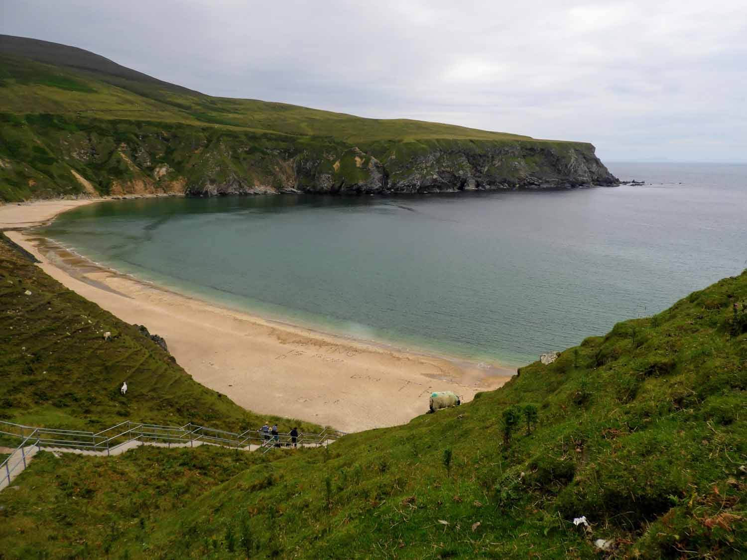 ireland-donegal-ireland-donegal-silver-strand-malin-beg-sand-waves-beautiful-view.jpg