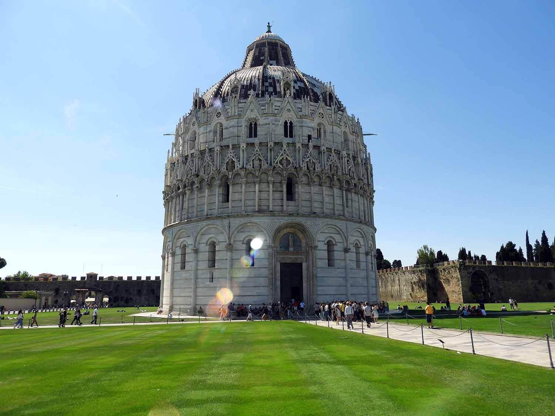italy-italia-pisa-baptistry-dome.JPG