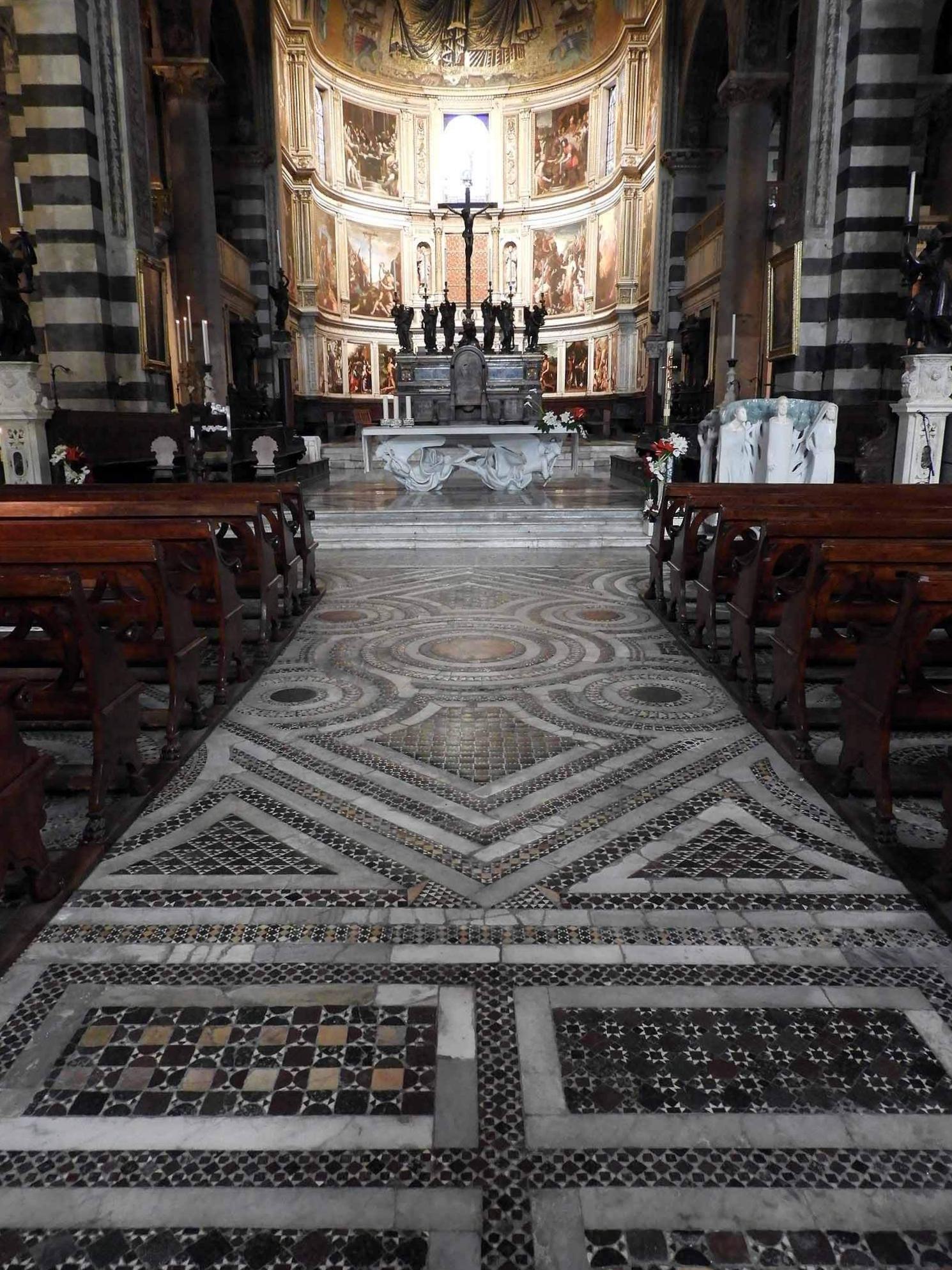 italy-italia-pisa-batptistry-mosaic-floor.JPG