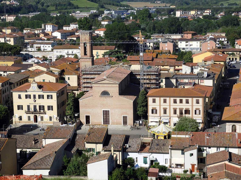 italy-italia-certaldo-old-tuscany-city-center.JPG