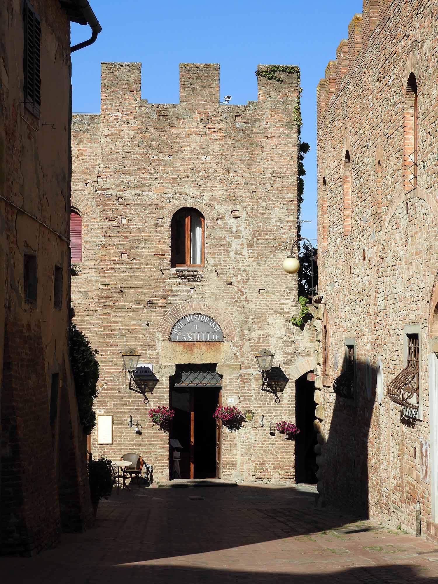 italy-italia-certaldo-old-tuscany-stone-antique-vintage.JPG