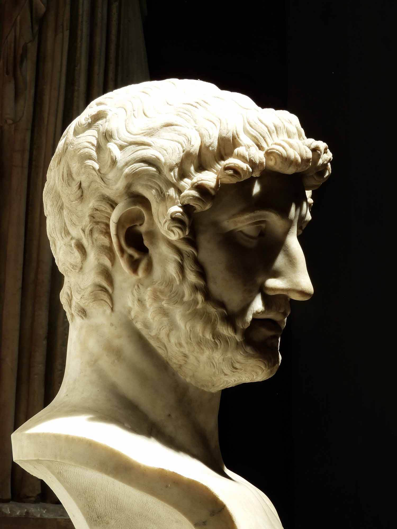 vatican-city-holy-see-italy-italia-rome-roman-bust.jpg