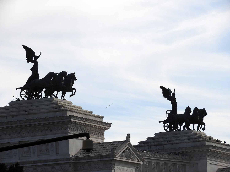 italy-italia-rome-altare-della-patria.JPG