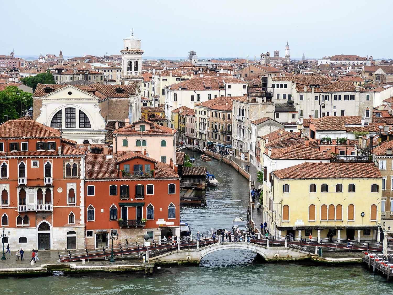 italy-italia-venice-ponte-longo.jpg