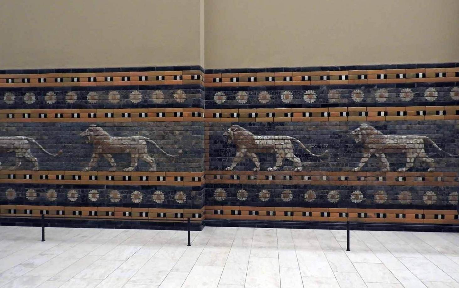 germany-berlin-pergamon-museum-blue-tile-lions-hallway.JPG