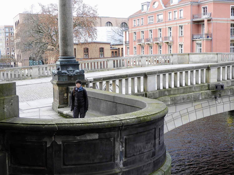 germany-berlin-pergamon-bridge.jpg