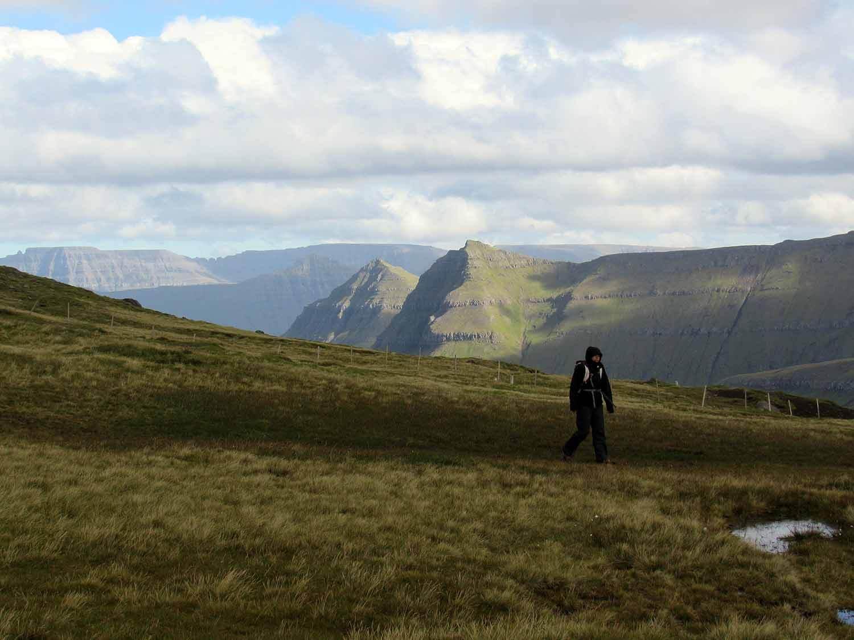 denmark-faroe-islands-slættaratindur-highest-peak-hike.JPG