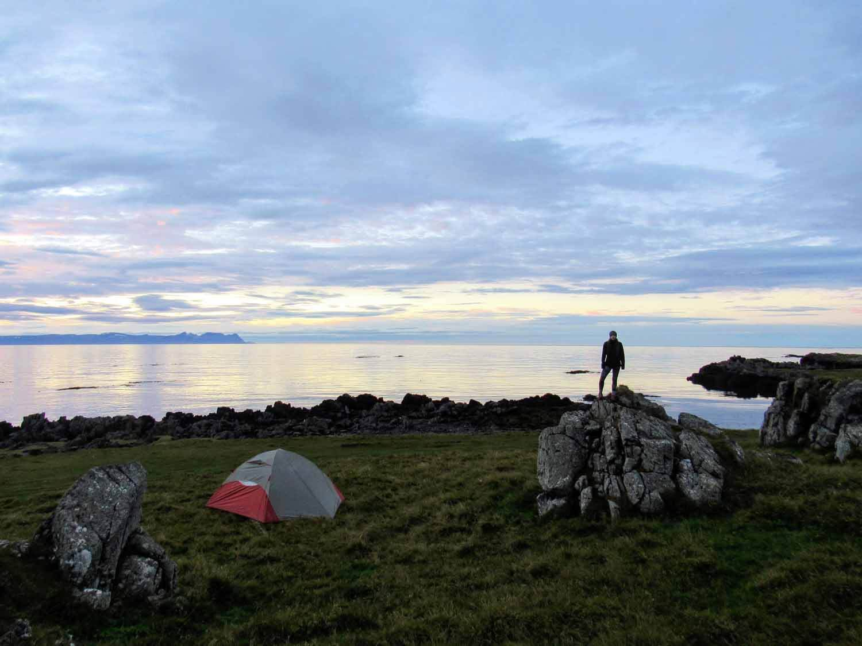 iceland-seal-beach-camping-sunset-calm-ocean.jpg
