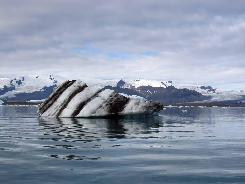 iceland-jokusarlon-glacier-ice-lagoon-black-sand-beach-volcano-layers.JPG