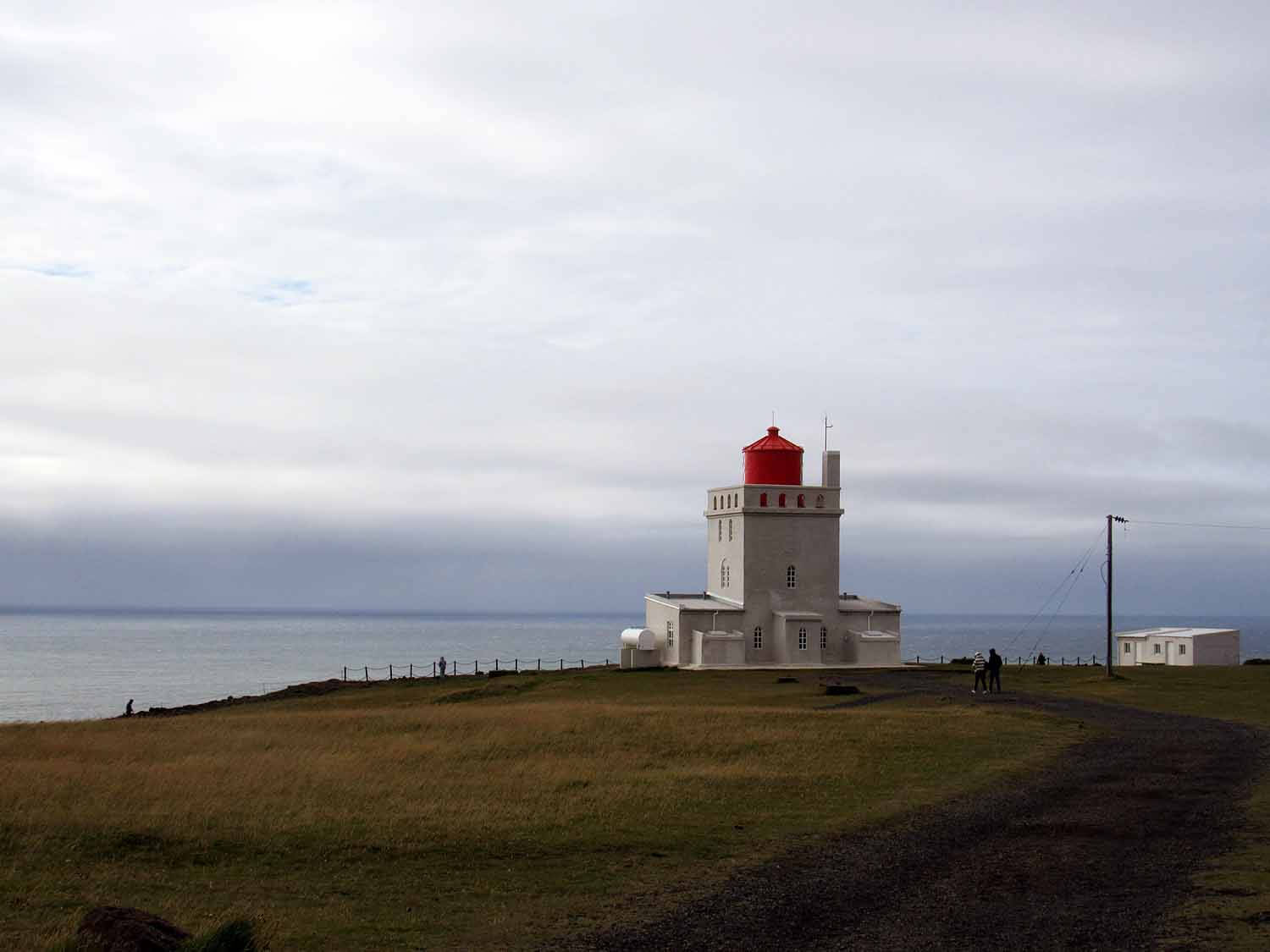 iceland-dyrhólaey-lighthouse.JPG
