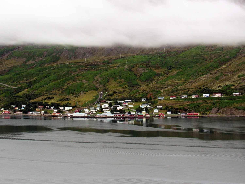 iceland-east-eastfjords-djúpavogskörin.JPG