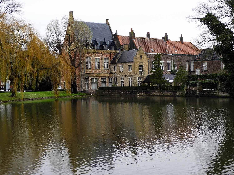 belgium-bruges-water-.jpg