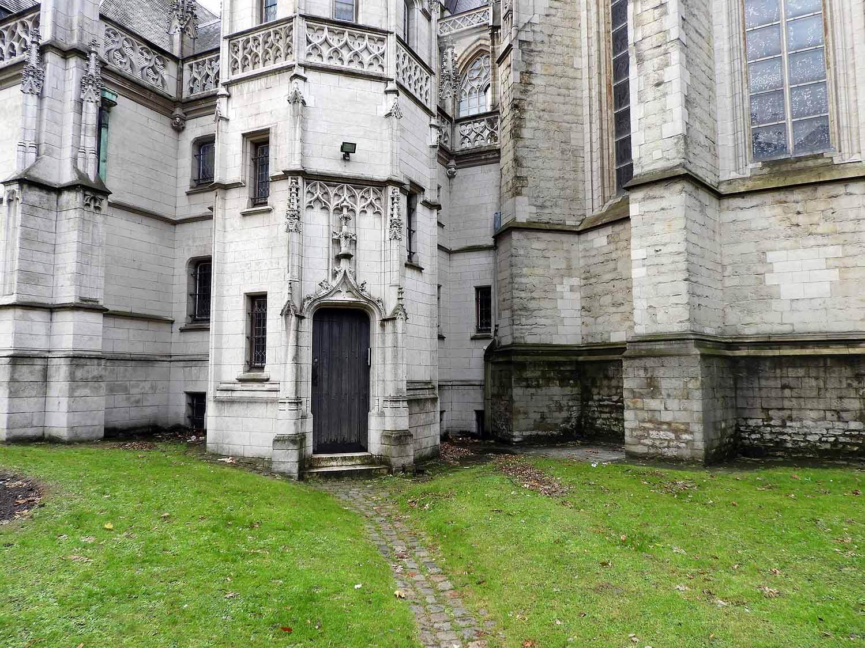 belgium-brussels-eglise-notre-dame au-sablon.JPG